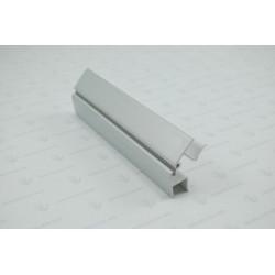 Угол поворотный для цоколя 10 см. металлик                             Ц.К.(21/19.H0...)