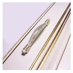 Ручка-скоба 96 мм белая с золотом   DELMA              SETE    (RM-DELMA96-31)